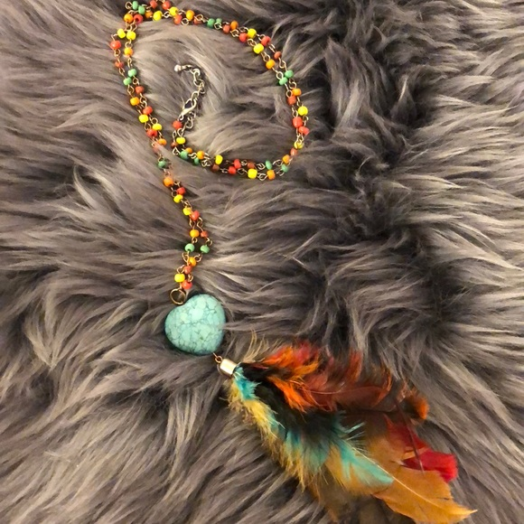 Jewelry - Multicolor Bead & Feather Necklace 💐